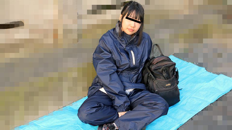 路地裏で寝ているバックパッカー女子をナンパしてみました 綾瀬ゆい