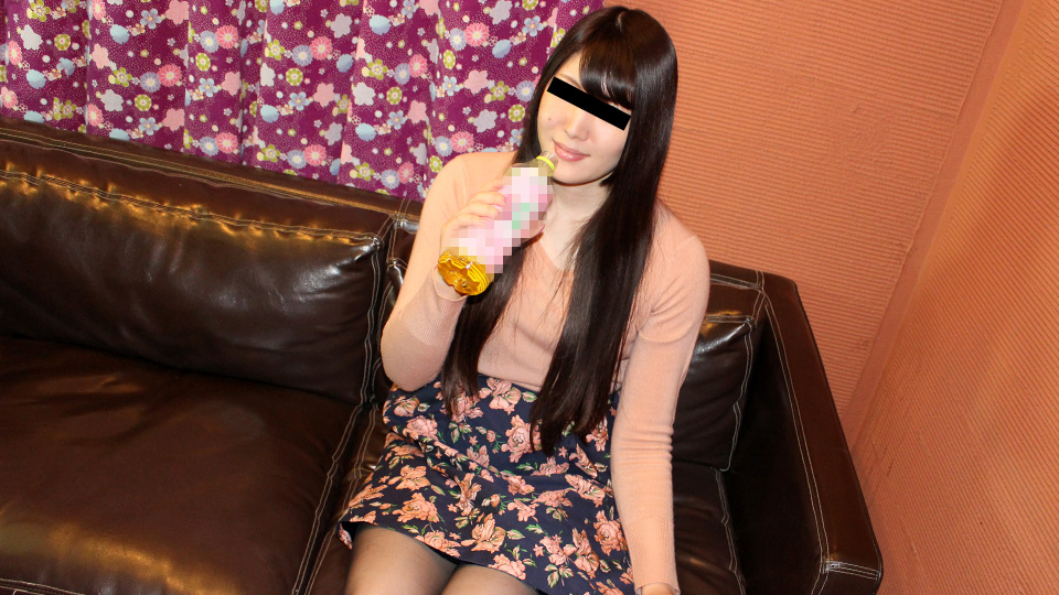 10Musume 062020_01 porn movies free Amateur's first shot! You can remove the condom, but don't let it go inside