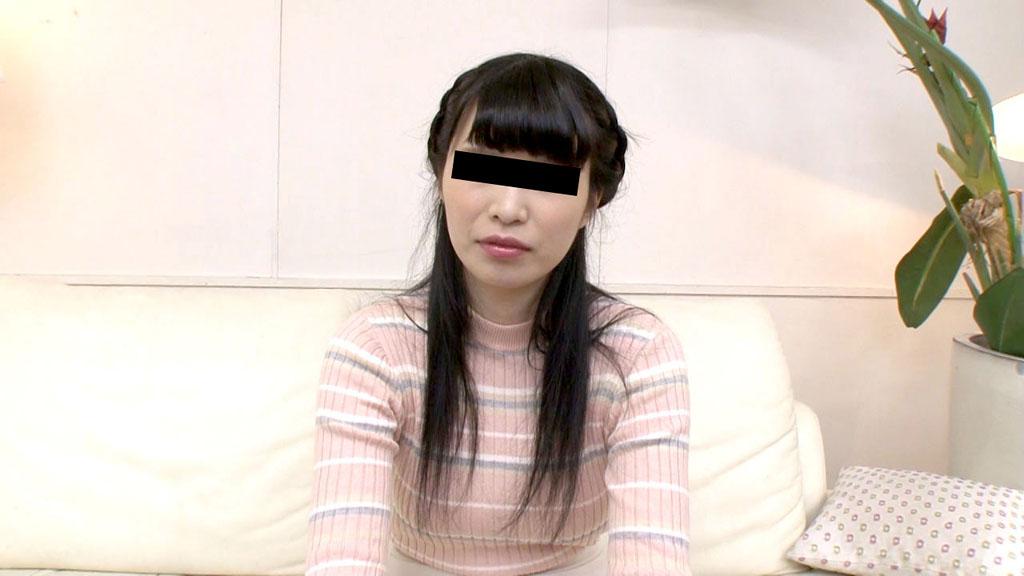泉麻里香:僕の精子の味を試しませんか【10musume】